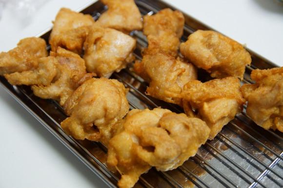 【検証】『地鶏』と『銘柄鶏』のから揚げは味に差があるのか確かめてみた