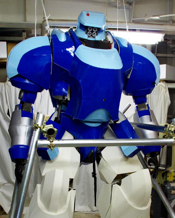 世界が興奮した日本のパワードスーツが『アップルシード』とコラボして人間が操縦できるロボットになったぞー!! 実際に乗ってみた