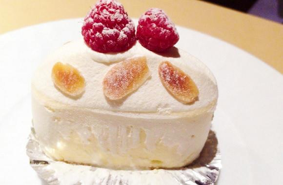 テイクアウトお断り!! 京橋の超人気ケーキ店『イデミ・スギノ』の店内でしか味わえない絶品スイーツ「エベレスト」を食べてみた!