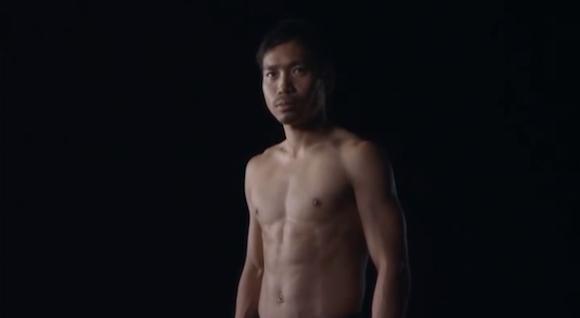 【衝撃サッカー動画】インテル・長友佑都選手が欧州のアスリートと「体幹」バトル! 全く軸のブレない姿がスゴすぎると話題