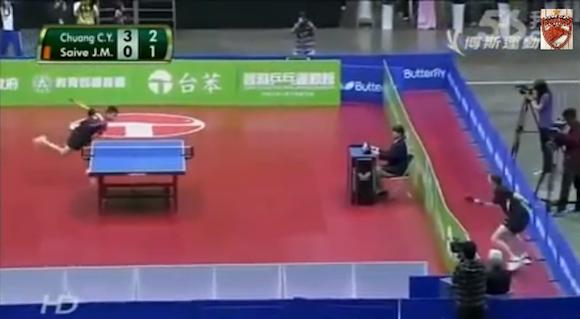 【衝撃卓球動画】これは伝説になる! 史上最高におもしろいと話題になっている卓球の試合がコレだ!!