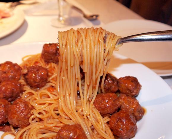 【グルメ】不朽の名作アニメ『カリオストロの城』でルパンと次元が食べていたミートボールスパゲッティをリアルで食べられるぞ~ッ!