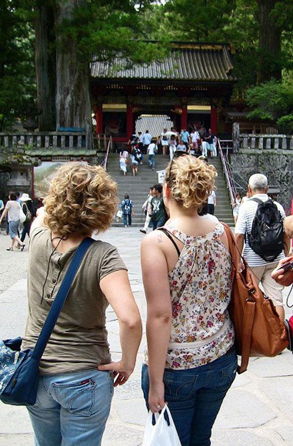 【流行語】「おもてなし」ならぬ『語もてなし』って? サービス業界では外国人観光客をもてなすべく語学力アップに励む人が急増中!