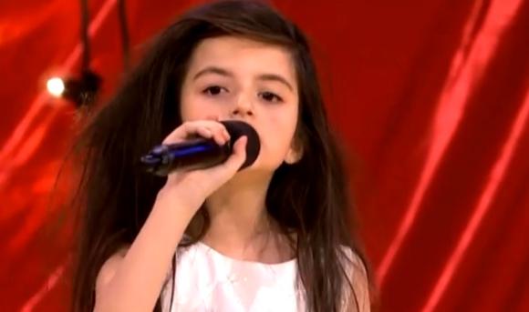 オーディション番組に出演した7歳の少女の歌に審査員が思わず感涙 / 海外の声「ビリー・ホリデーの生まれ変わり」「生まれながらのスター」