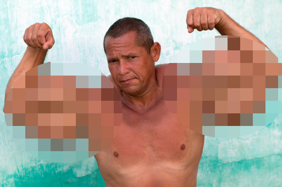 人間とは思えないレベルの筋肉を持つ超絶マッチョな男性が話題 / 肉体改造の方法は危険度マックス