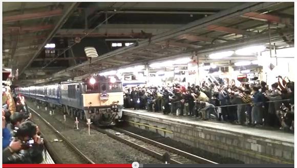 寝台特急『あけぼの』のラストランで埼玉・大宮駅で「罵声大会」勃発 / ネットの声「これは酷い」「怖いなあ」