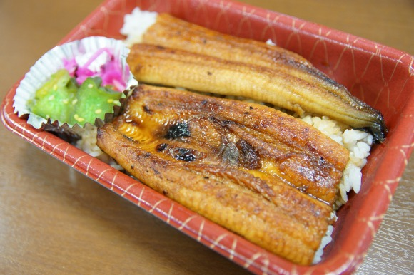 【コスパ最強】国産のうなぎを使った弁当が激安900円から! 『静岡うなぎ漁業協同組合 直売所』がステキすぎる件