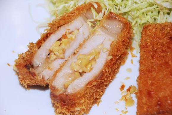 【グルメ】キミは茨城のソウルフード「納豆とんかつ」を知っているか?