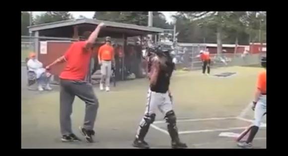 【衝撃野球動画】爆笑必至! 世界にはとんでもない球審たちがいた!!