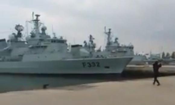 ポルトガル海軍が無人航空機の実演で大失態 / ネットの声「笑いたい時はこの動画を見ている」「私の作った紙飛行機の方が長く飛ぶ」
