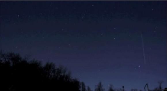 【緊急速報】きょう2014年4月22日に「こと座流星群」がピークを迎えるぞ!! 観測のチャンスは午後11時から月が昇る頃くらいか