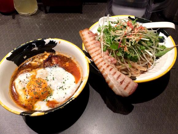【グルメ】麺屋武蔵がまたしても暴挙!? 春限定の「ベーコンエッグつけ麺」という斬新メニューを販売中