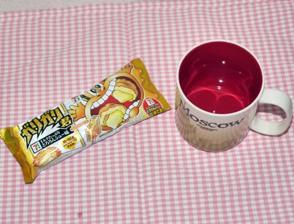 騙されたと思ってやってみろ! ガリガリ君の「シュークリーム味」を溶かすと「プリン味」にメガ進化するぞ~ッ!!