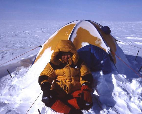 【北極冒険41日目】ブリザードの残したもの / 無数の細かい山とリードで足場は最悪の状況に