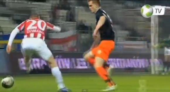 【衝撃サッカー動画】ポーランドのクラブチームがなぜ弱いのか一発でわかる動画がコレだ!!