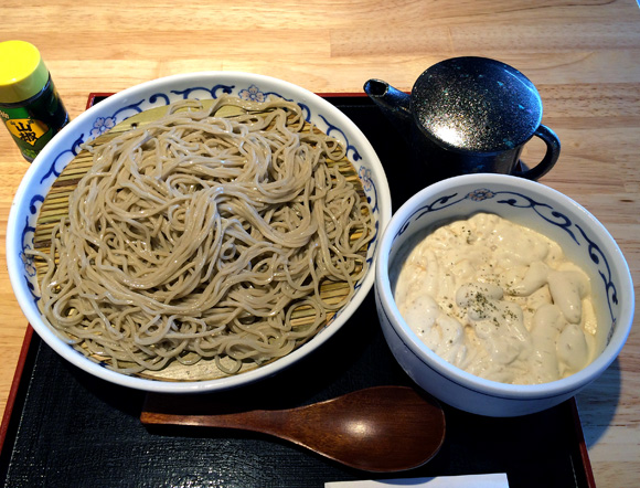 【グルメ】立ち食いそばに特殊な料理法を取り入れた「フォアグラエスプーマもり」を食べてみた / 東京・上野「喜乃宇屋」