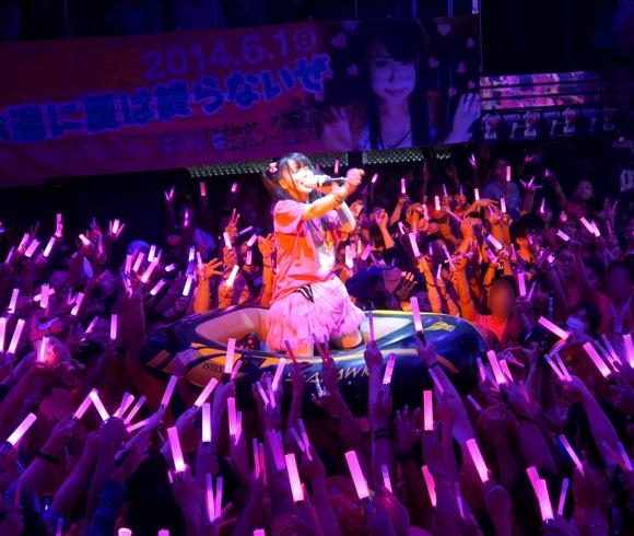 【取材日記】ヘドバンアイドル「アリス十番」の藤崎麻美さん卒業 / 出会いから4年の月日を経て