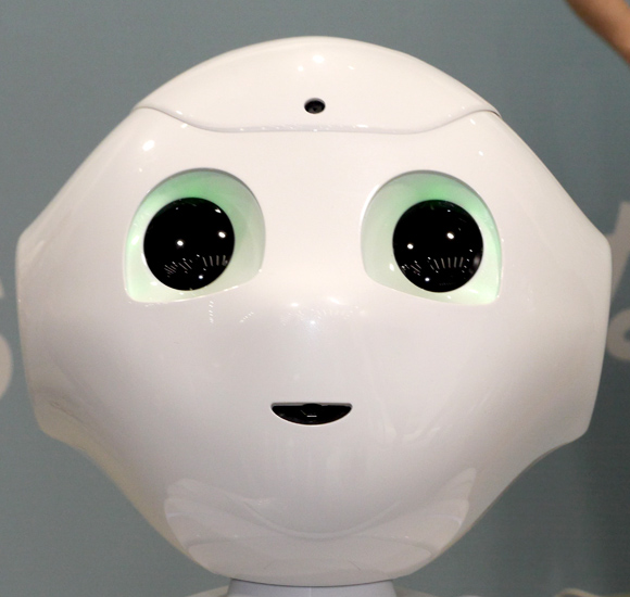 【おしゃべりクソ野郎】ソフトバンクが発表したロボット「Pepper」と対話してみた / 一方的に話しまくってイラっとする