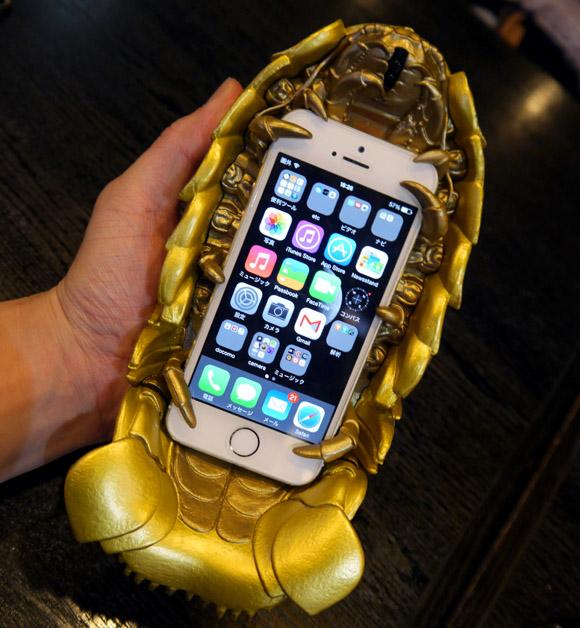 【再販決定】ニコニコ超会議3で大人気だった『ダイオウグソクムシiPhoneケース』が販売されるぞーッ! しかも今後は「深海GOLD」バージョンも