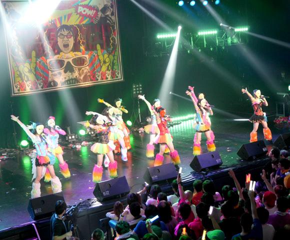 地下アイドル「仮面女子」が赤坂 Blitz でライブ決行! 会場にはなんとカンニング竹山さんがいたらしい