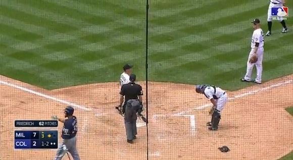 【衝撃野球動画】一気に3点を奪取! ミスを見逃さないチーム一丸の走塁が素晴らしい!!