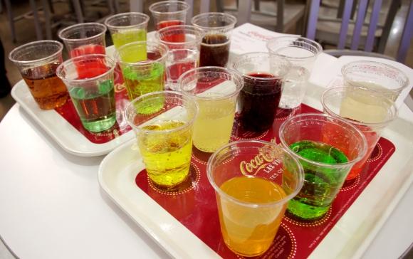 世界で1番ウマいコカ・コーラ系ドリンクはコレだ! 世界中のコカ・コーラ商品16種類を飲み比べてみた / 個人的なベスト&ワースト3を発表