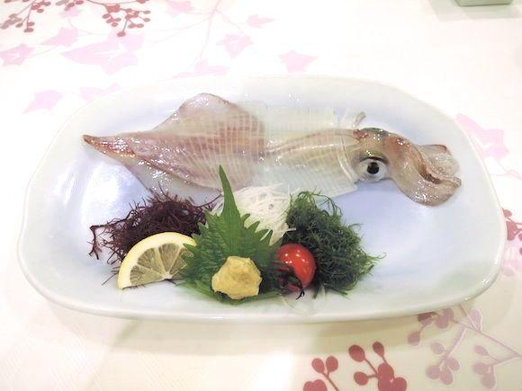 まるで水族館! 日本初の海に浮かぶレストラン『海中魚処 呼子萬坊』に行ってみた!!