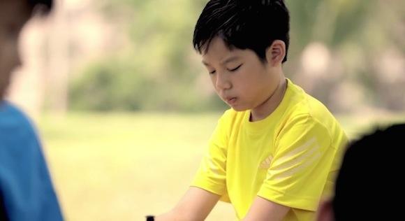 【W杯関連】シンガポールのギャンブル依存症に対する啓発CMが炎上しそうな件 / 少年「親父がドイツの優勝に全財産を賭けているんだ」