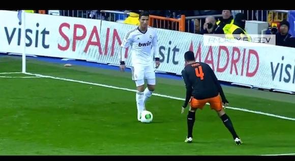 【衝撃サッカー動画】やっぱりスゲエ! クリスティアーノ・ロナウド選手が抜いて抜いて抜きまくるドリブル集