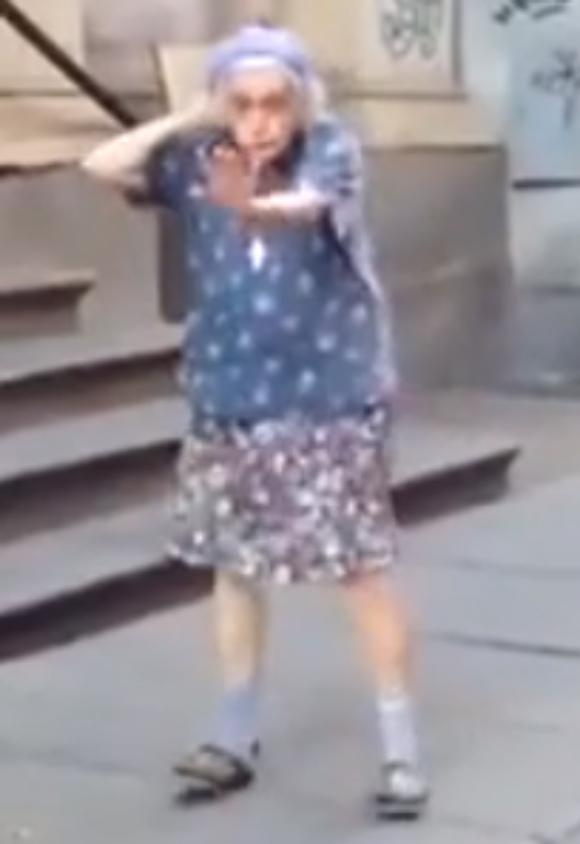 【動画あり】本当に97歳か!? キレッキレッのダンスを披露するおばあちゃんが話題 / 年齢を全く感じさせないその姿は必見!