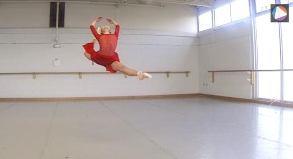【衝撃動画】美しい……! プロのバレエ団によるしなやかな演技をスローモーション再生した動画がスゴい!!