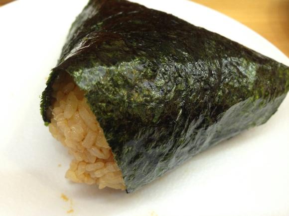 【北海道グルメ】おにぎりはここまで美味しくなるのか! 絶品「たらこバター」がうまい! うまいっ!! & うまいっ!! すすきの『にぎりめし』