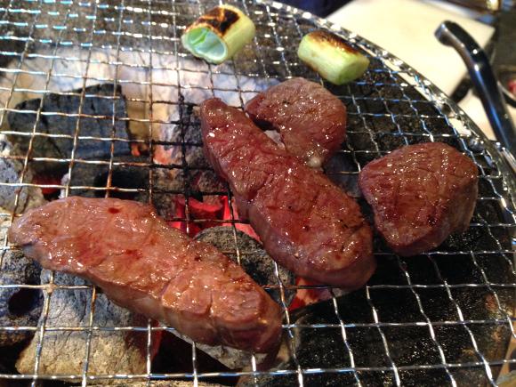 """【夏バテ解消】野生肉「ジビエ」を食べてみた →""""ゲテモノ感"""" を覚悟してたら単なるメチャウマな肉で笑った"""