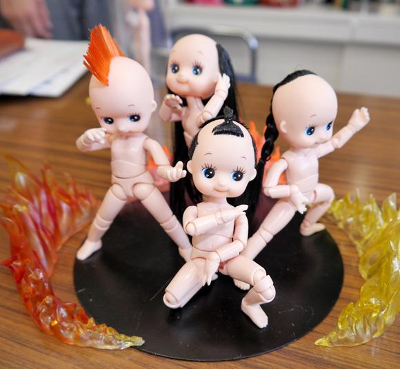 【インパクト絶大】キューピー人形の最終形態か!? 毛髪の生えた「フル可動QP」の破壊力がハンパない!