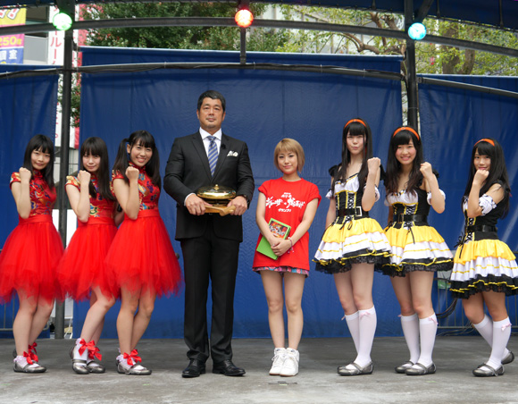 アイドル史上もっともかわいそうな名前のアイドルユニット誕生! その名も「肉汁(にくじる)ガールズ」