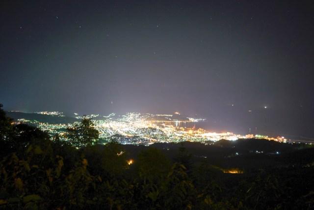 【豆知識】北海道・小樽市には頭髪を気にする人に縁起がいい夜景スポット『毛無山展望所』がある