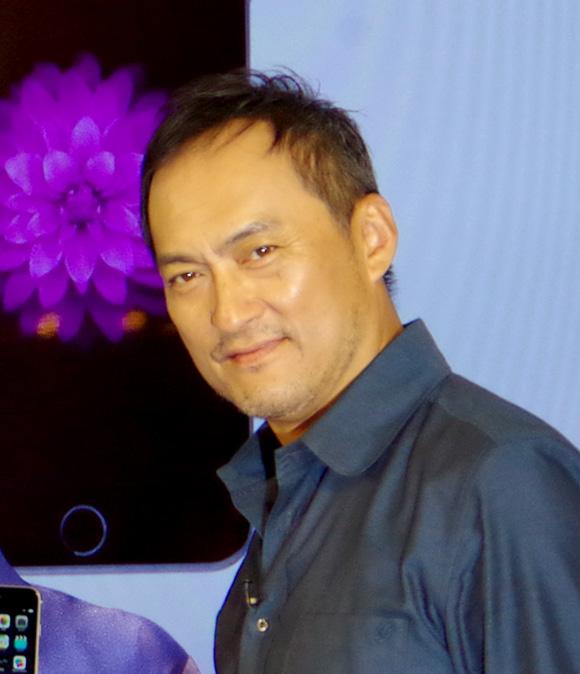 【iPhone6発売記念イベント】渡辺謙さん画像集 / 男が憧れる「男のオーラ」を携えた男