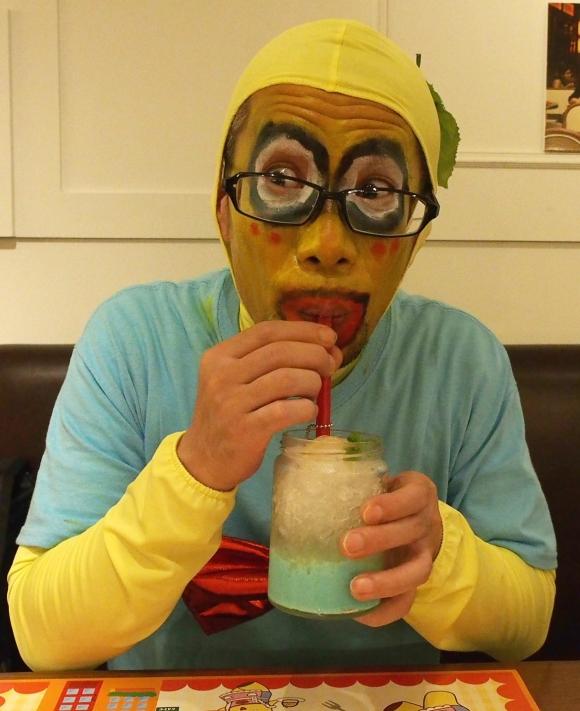 『FUNA cafe』の混み具合がハンパない / ただし料理は絶品! 特に「たっぷり梨汁ブシャーソーダ」は是非ともオーダーすべし!!