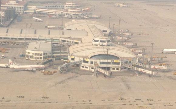 【大気汚染】日本発北京行きの飛行機がスモッグの影響で着陸できず → 他の空港にも受け入れ拒否されピンチに!