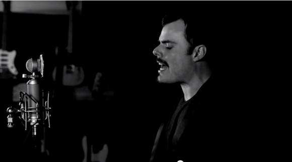 """ソックリなんて話じゃない!! 1人2役で """"フレディ・マーキュリー"""" とオペラ歌手 """"パヴァロッティ"""" を歌う男に世界が鳥肌 / ネットの声「震えが止まらない」"""