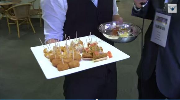 【実験動画】マクドナルド商品をオーガニックマニアに「有機食品です!」と食べさせてみたらこうなった