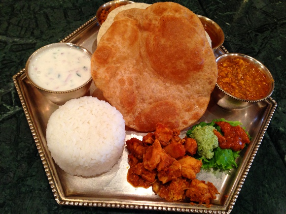 【なんで?】ナンがない奥深き本格南インド料理を食べてみた / 東京・東銀座「ダルマサーガラ」