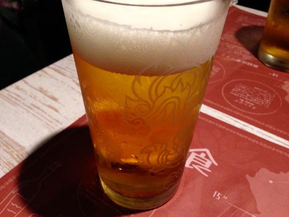 【ドイツ】ビールを報酬にアルコール依存者に街を掃除してもらうプロジェクトが物議 / 本末転倒感が否めない事態に