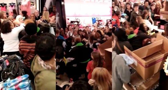 アメリカ最大の大安売りの日『ブラックフライデー』でバーゲン品を巡って「女性が大乱闘になってる動画」がマジでヤバい!
