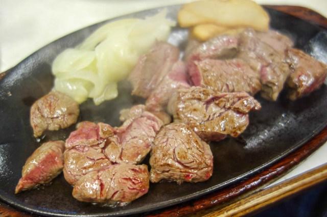 那覇市民にもっとも愛されているステーキ屋「ジャッキーステーキハウス」でリーズナブルな絶品ステーキを食べよう