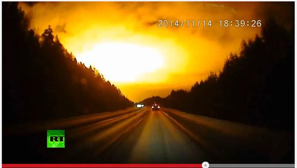 【衝撃映像】何コレ猛烈に怖い! 夜なのに突然空がまばゆいオレンジに染まる瞬間の映像がおそロシア