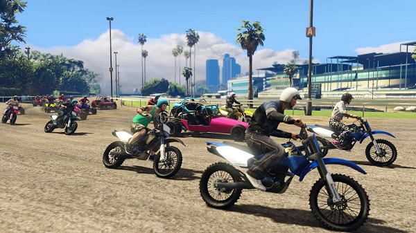 PS4版の『Grand Theft Auto V』をひと足先にプレイしてきた / オンラインでプレイできる人数多過ぎ! クラス全員で同時に遊べるレベル!!