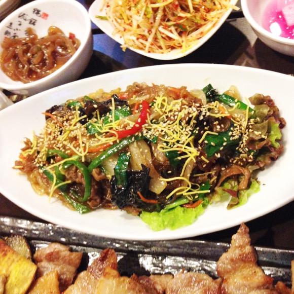 【韓流グルメ】初めての新大久保で絶品韓国料理を堪能 / グンちゃんや東方神起も来店の「味咲(あさ)」