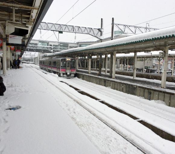 1月30日の大雪に関して気象庁が注意呼びかけ「雪による交通障害、着雪に注意してください」
