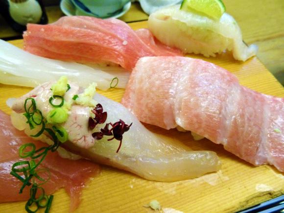 北陸トップクラスのデカ盛り寿司!「寿司処 松の」は金沢から少し離れているが寿司好きは絶対寄るべき